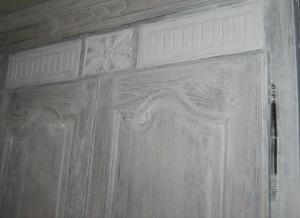 Detail haut de l armoire